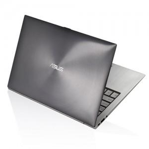 asus zenbook ux21e 300x300 Asus Zenbook UX21E KX004V 11.6 inch Ultrabook   £819.99 Amazon, £849.99 Comet